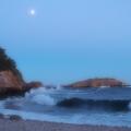 Pleine lune et lumière du soleil couchant<br />